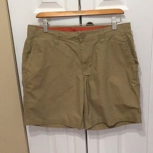 Flat front 8 inch length Columbia Short